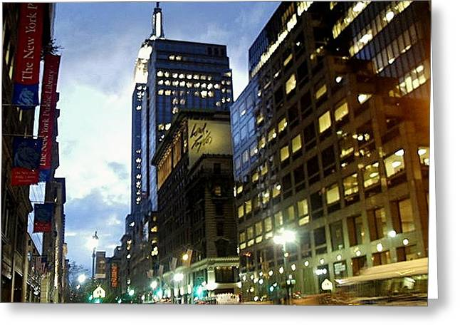 Nyc Fifth Ave Greeting Card by Vannetta Ferguson
