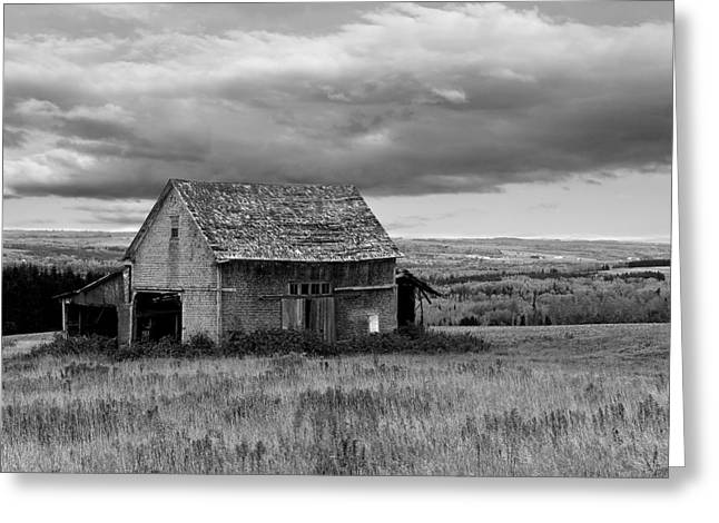 Greeting Card featuring the photograph Old Country Barn by Gary Smith