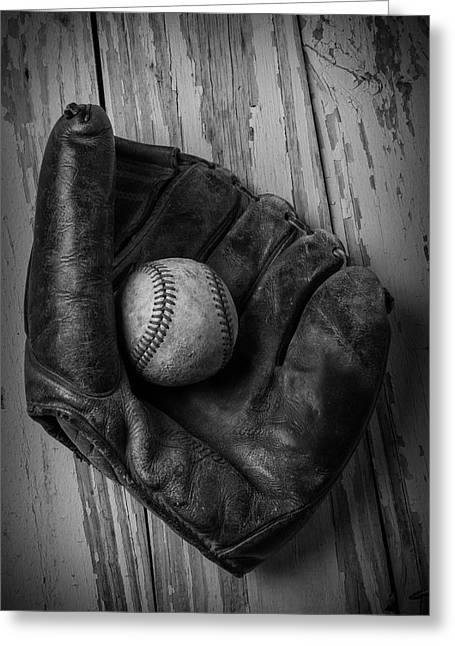 Old Mitt In Black And White Greeting Card by Garry Gay