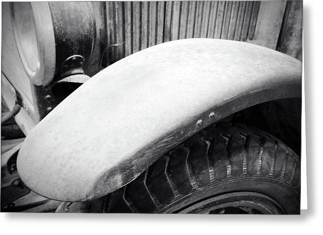 Old Vehicle Greeting Card by Les Cunliffe