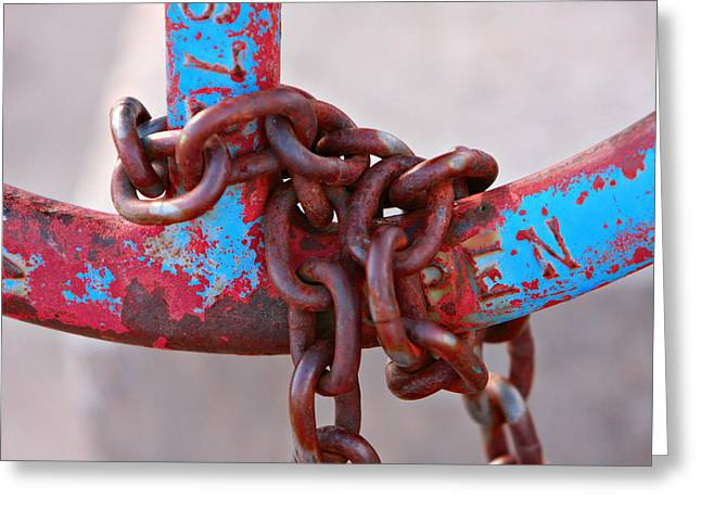 Open Rusted Chain Greeting Card