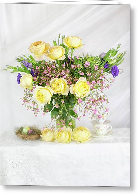 Peachy Yellow Roses And Lisianthus Bouquet Greeting Card
