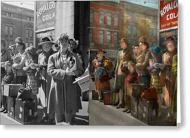 People - People Waiting For The Bus - 1943 - Side By Side Greeting Card