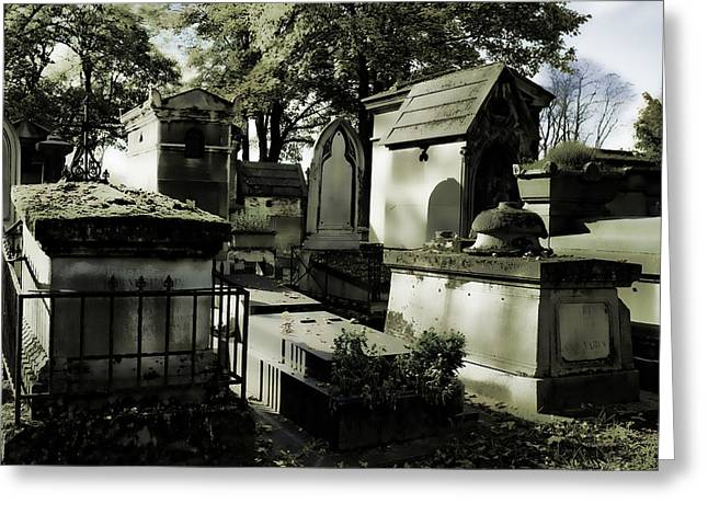 Pere Lachaise Cemetery Greeting Card by Hugh Smith