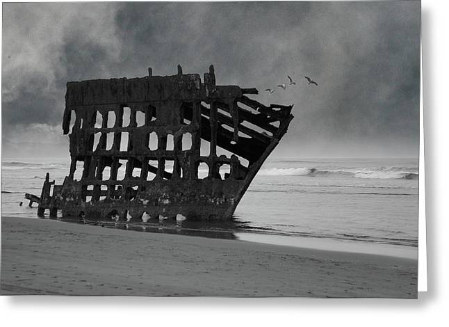 Peter Iredale Shipwreck At Oregon Coast Greeting Card