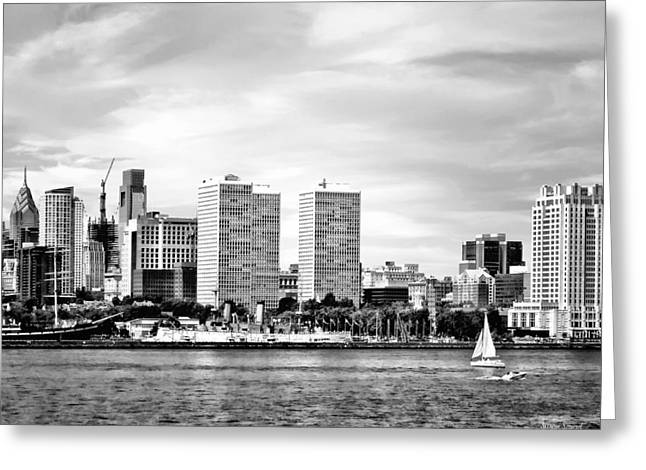 Philadelphia Pa Skyline Black And White Greeting Card by Susan Savad