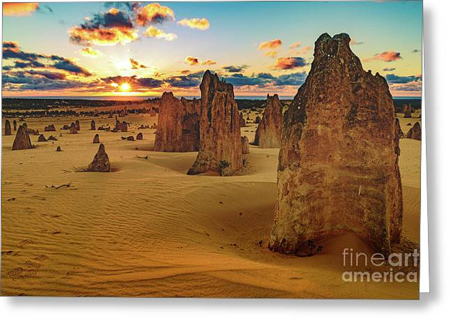 Pinnacles 8 Greeting Card