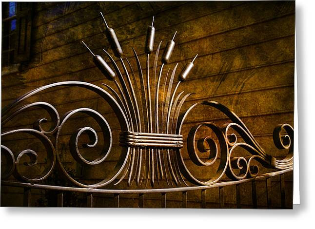 Pretty Iron Gate In Charleston Greeting Card by Susanne Van Hulst