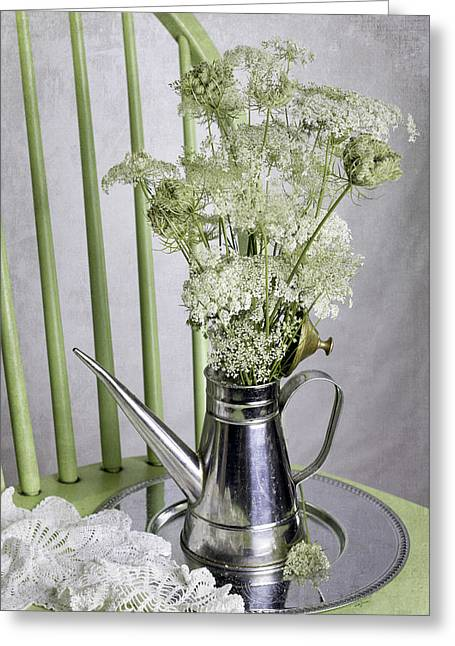 Queen Anne's Lace Greeting Card by Betty Denise