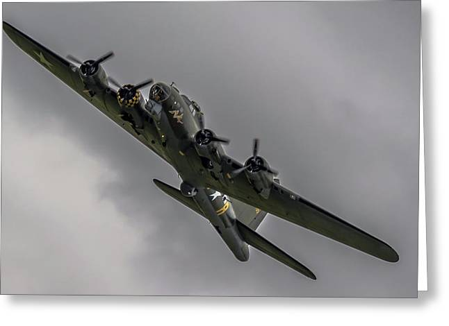 Raf Scampton 2017 - B-17 Flying Fortress Sally B Turning Greeting Card