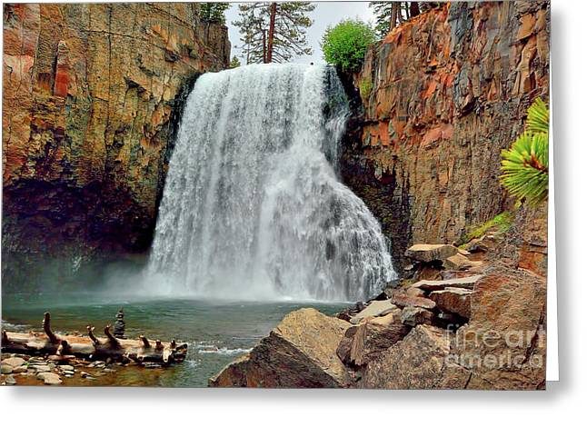 Rainbow Falls 10 Greeting Card