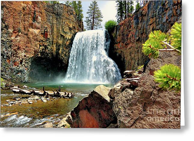 Rainbow Falls 15 Greeting Card
