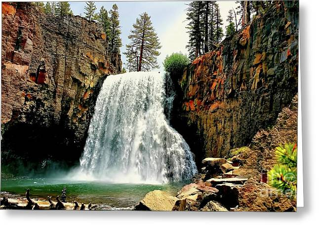Rainbow Falls 8 Greeting Card
