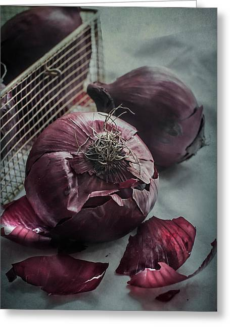 Red Onions Greeting Card by Maggie Terlecki