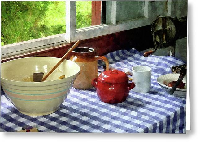 Red Sugar Bowl Greeting Card by Susan Savad