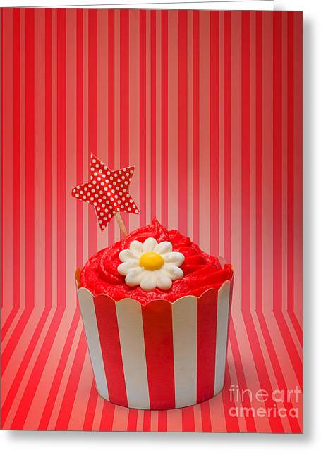 Retro Cupcake With Star And Flower Icing Greeting Card