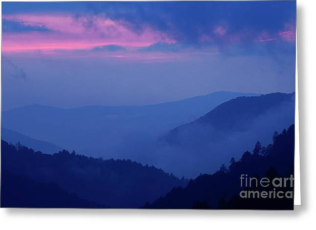 Greeting Card featuring the photograph Ridges - D000023 by Daniel Dempster