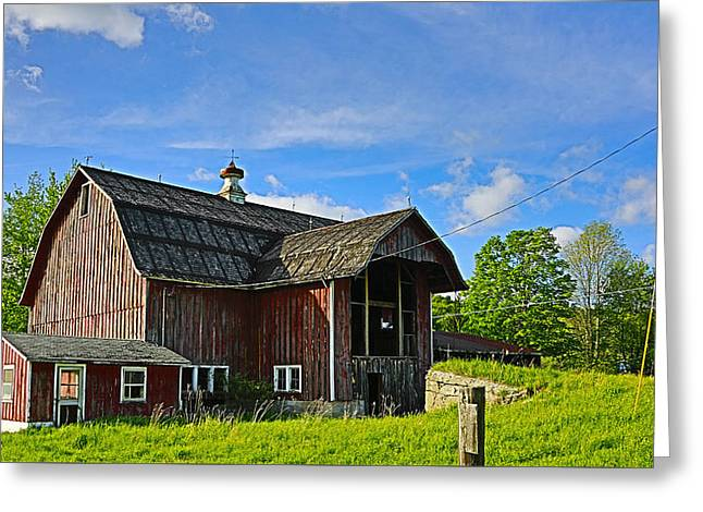 Greeting Card featuring the photograph Rustic Barn In The Catskills by Paula Porterfield-Izzo
