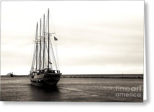 Sailing Lake Michigan Greeting Card by John Rizzuto