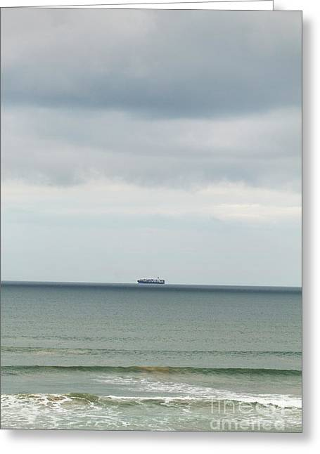 Greeting Card featuring the photograph Sailing The Horizon by Linda Lees