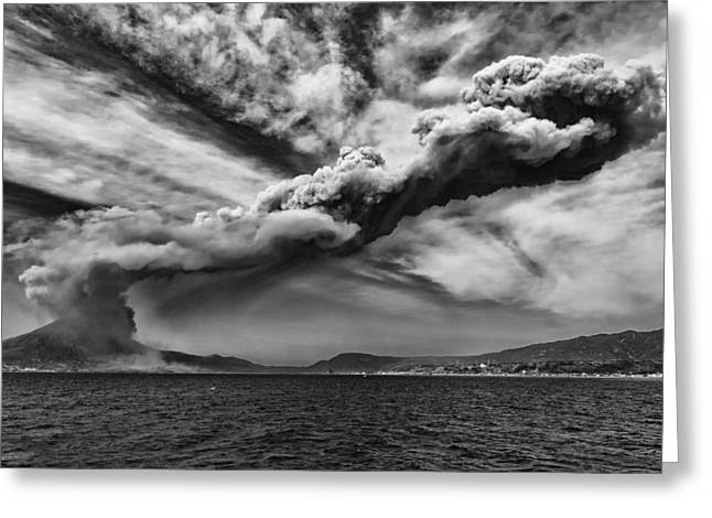 Greeting Card featuring the photograph Sakurajima Volcano by Hayato Matsumoto