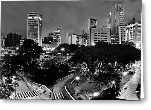 Sao Paulo Downtown At Night In Black And White - Correio Square Greeting Card