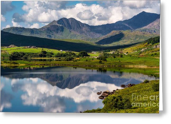 Snowdon Horseshoe Greeting Card by Adrian Evans