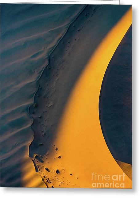 Sossusvlei Curve Greeting Card by Inge Johnsson