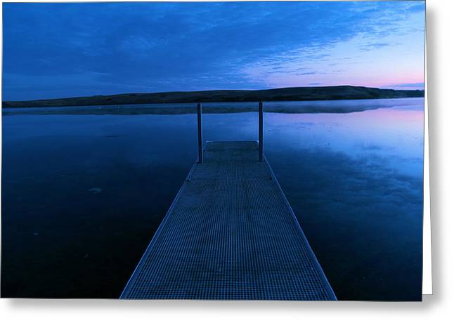 Springbrook Lake At Dawn Greeting Card by Jeff Swan