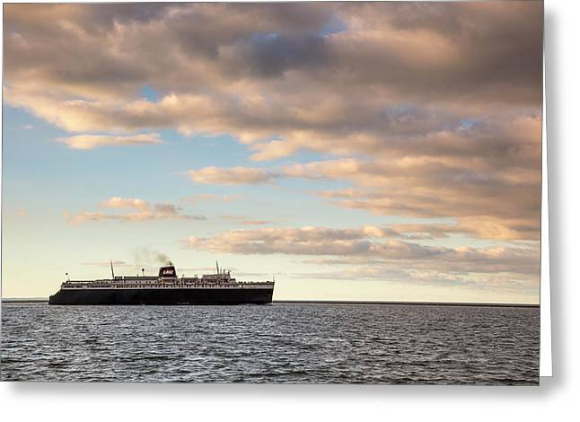 Greeting Card featuring the photograph Ss Badger Leaving Port by Adam Romanowicz