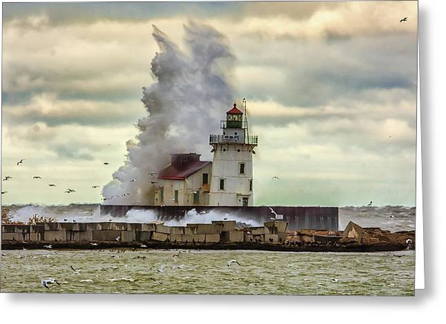Storm Waves At The Cleveland Lighthouse Greeting Card