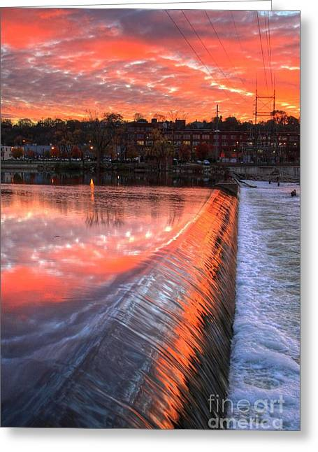 Sunrise At The Dam Greeting Card by Robert Pearson