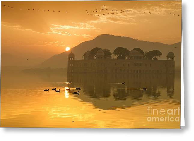 Greeting Card featuring the photograph Sunrise At Water Palace by Yew Kwang
