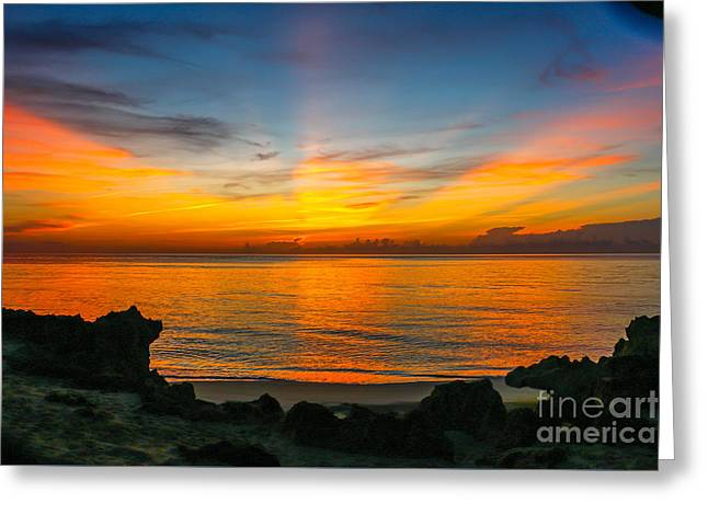 Sunrise On The Rocks Greeting Card by Tom Claud