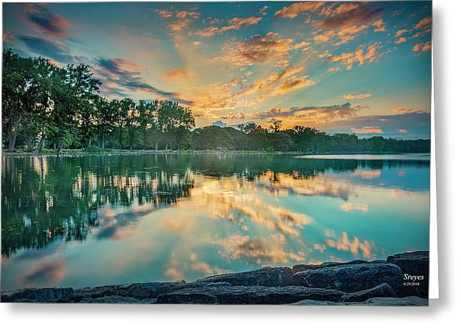 Sunrise Over Willow Bay Greeting Card by Scott Reyes