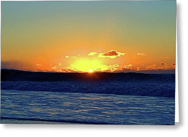 Sunrise Wave I I I Greeting Card