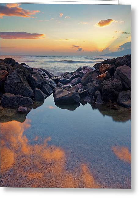 Greeting Card featuring the photograph Sunset In Maui by Francesco Emanuele Carucci