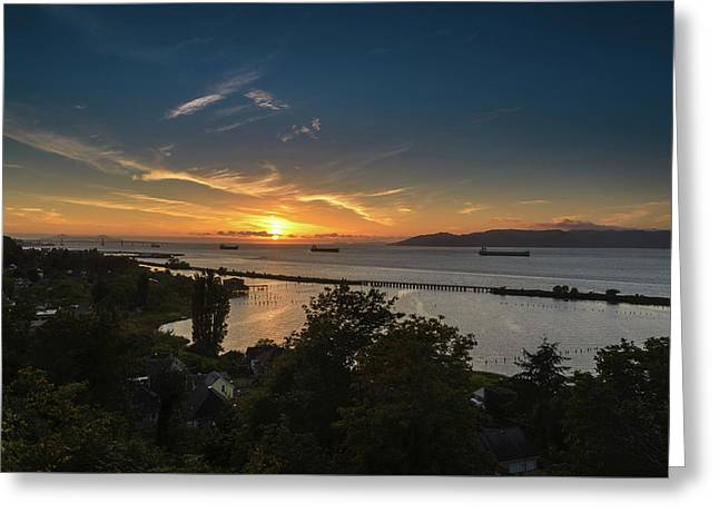 Sunset Over The Columbia River Greeting Card by Joe Hudspeth