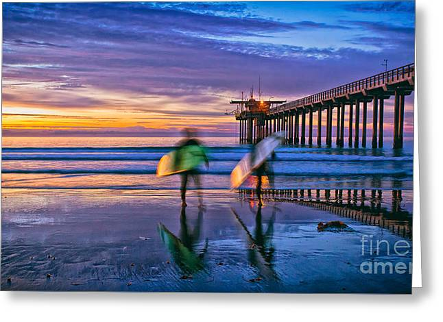 Surfers At Scripps Pier In La Jolla California Greeting Card