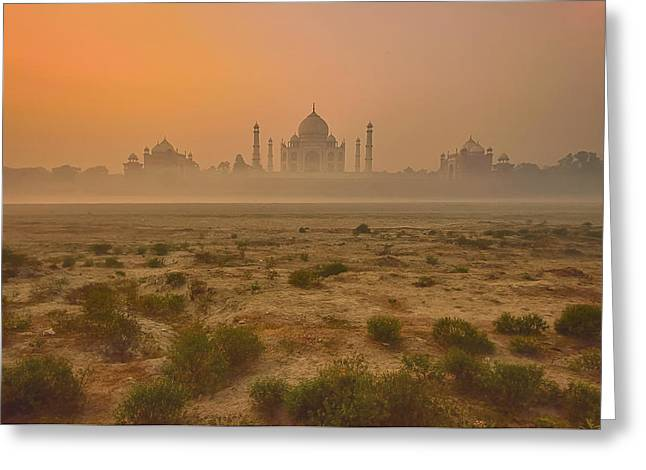 Taj Mahal At Dusk Greeting Card by Vichaya