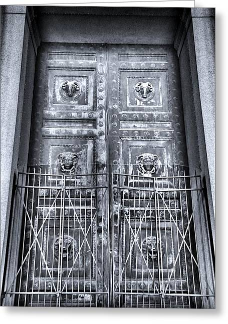 The Door At The Parthenon In Nashville Tennessee Black And White Greeting Card