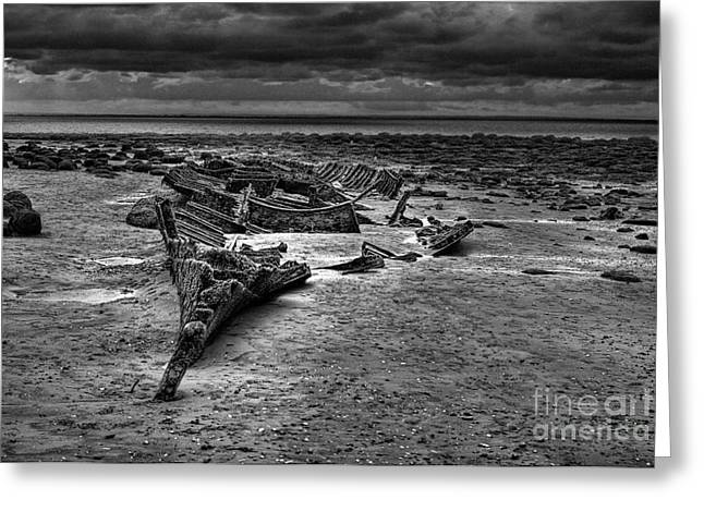 The Wreck Of The Sheraton In Black And White Greeting Card by John Edwards