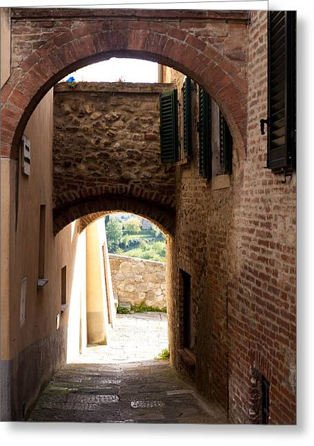 Through The Alleys Greeting Card by Rae Tucker