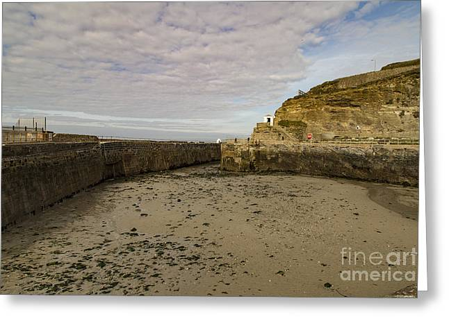 Greeting Card featuring the photograph Tide Out Portreath by Brian Roscorla