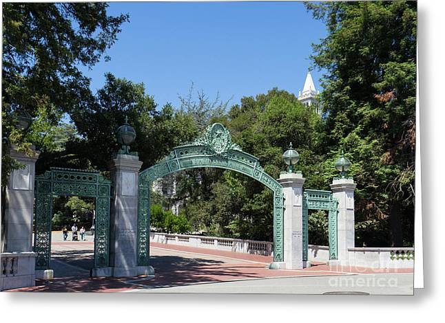 University Of California At Berkeley Sproul Plaza Sather Gate And Sather Tower Campanile Dsc6271 Greeting Card