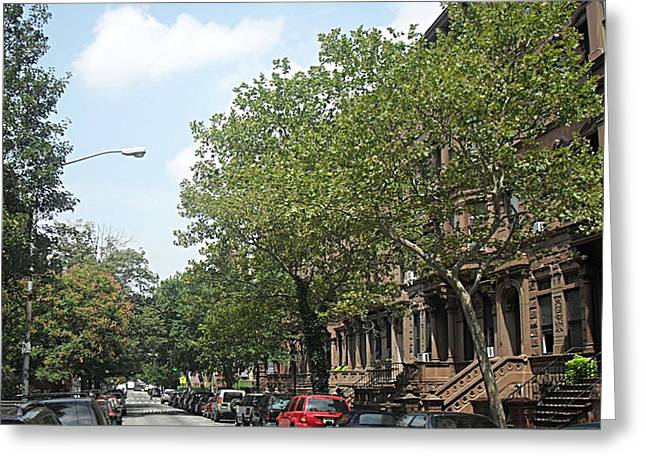 Uptown Ny Street Greeting Card by Vannetta Ferguson