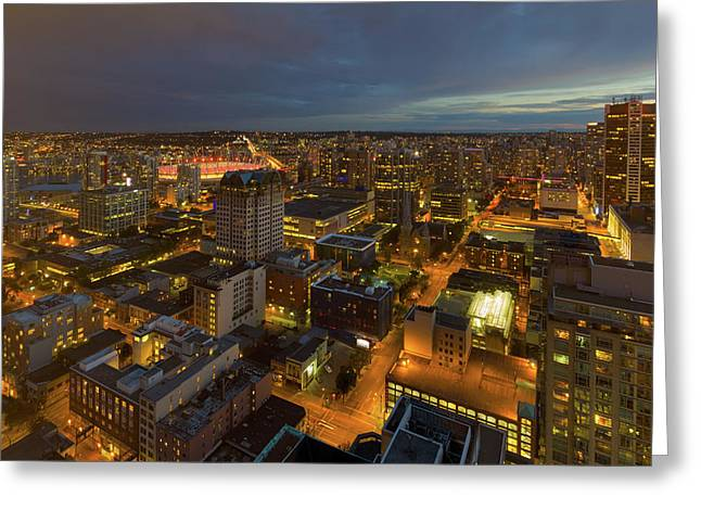 Vancouver Bc Cityscape During Evening Twilight Greeting Card by David Gn