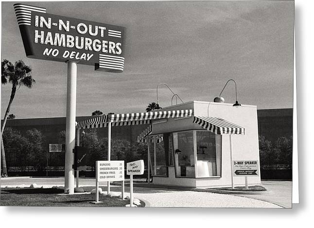 target market for in n out burger Marketing essentials (mk 43-810-05/32): individual project marketing segmentation, targeting and positioning of burger king background the following is the analysis the segmentation, targeting positioning of burger king.