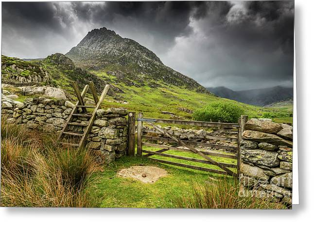 Way To Tryfan Mountain Greeting Card by Adrian Evans