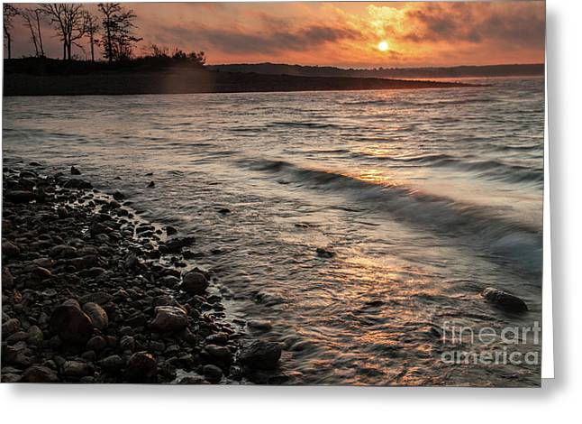 Greeting Card featuring the photograph Winter Morning At The Vetran's Lake by Iris Greenwell